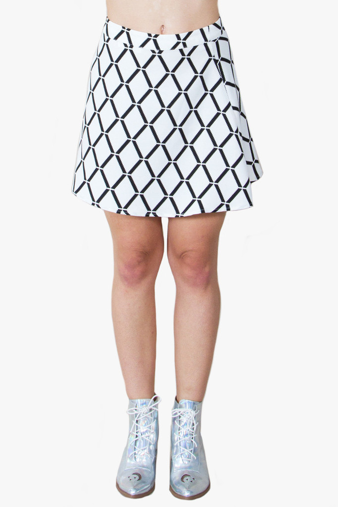 Grid lock black and white skirt