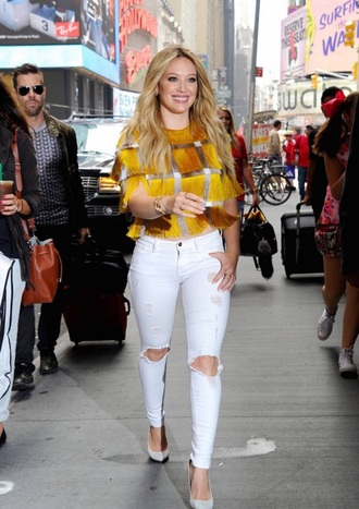 jeans white jeans skinny pants skinny jeans high waisted jeans crop tops top blouse celebrity style hilary duff outfit gold sequins