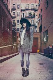 jag lever,blogger,jeans,jewels,tights,felt hat,shoes,sweater,coat