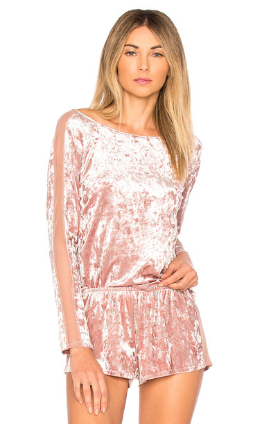 only hearts velvet pink top