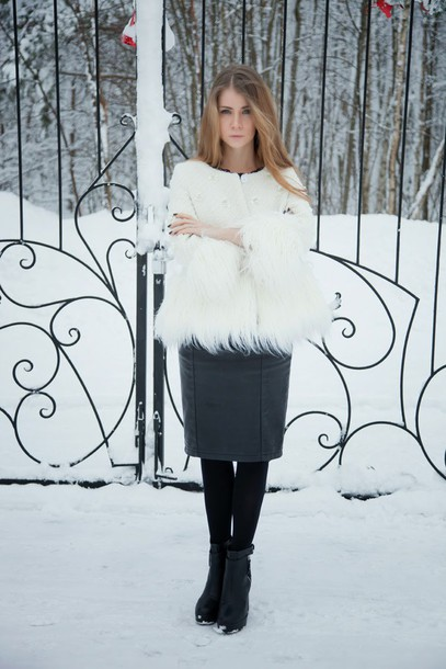 acid coke blogger pencil skirt white jacket fluffy coat top skirt shoes classy