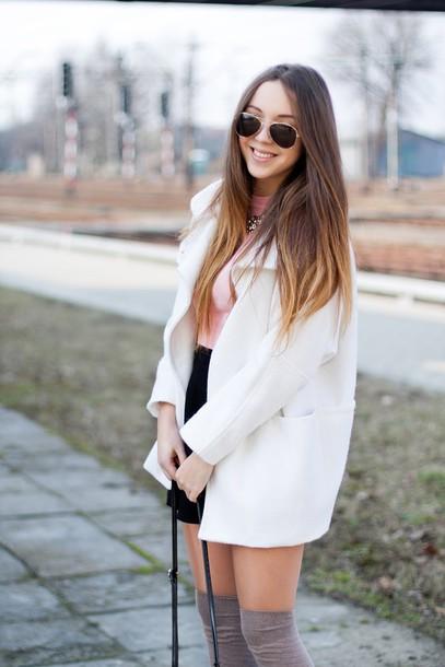 kolorowa dusza blogger coat sweater skirt bag jewels sunglasses socks shoes