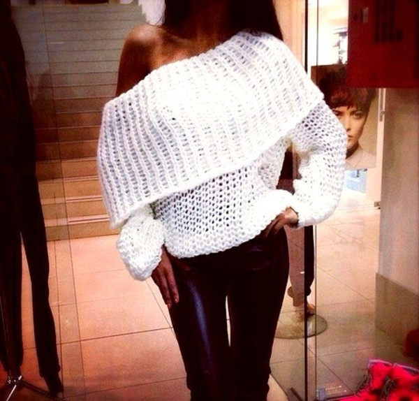 knitted sweater leggings pants blouse sweater white sweater white winter sweater shirt off the shoulder sweater off the shoulder cute crochet sweater white ht winter outfits dream tan baggy loose sexy top long sleeves