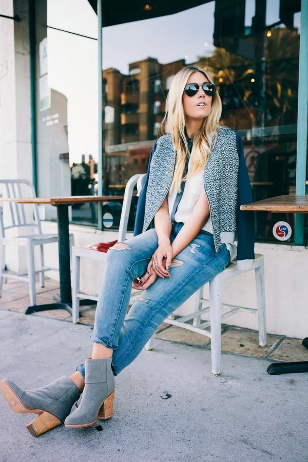devon rachel blogger top jacket jeans bag shoes sunglasses