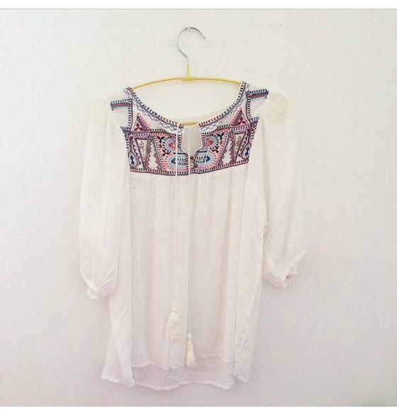 white pattern blouse boho boho chic summer outfits aztec