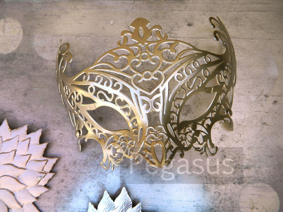 Gold mask base 1 mask matte gold lace filigree par pegasus22