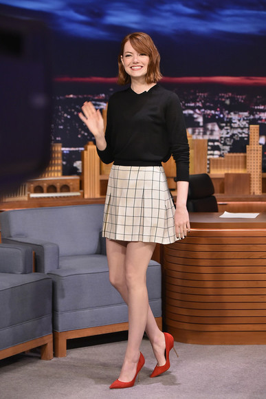 red shoes red high heels emma stone