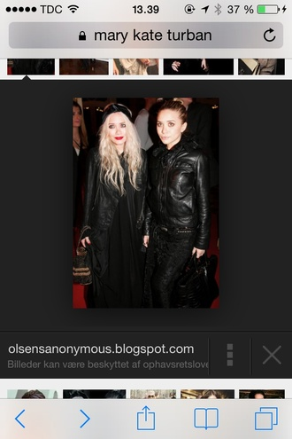 dress grunge mary kate olsen ashley olsen black dress lace backless summer outfits red carpet dress beautiful dress sparkly top soft grunge t-shirt girl little black dress printed dress patterned dress roses
