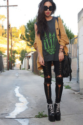 black trousers,black jeans,trouser,jeans,t-shirt,mustard,cardigan,bag,shoes,pants,sweater,grunge,jacket,shirt,black platforms,white laces,grunge shoes,90s style,unif