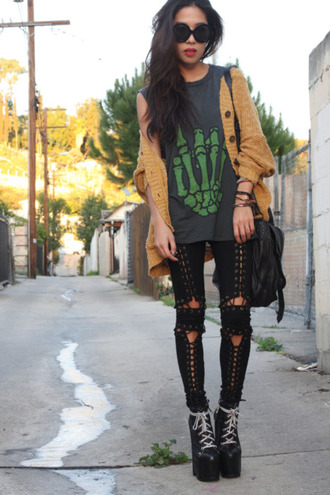 black trousers black jeans trouser jeans t-shirt mustard cardigan bag shoes pants grunge shoes grunge 90s style unif