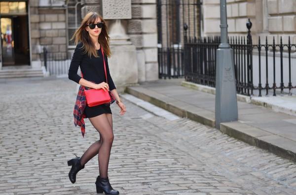 vogue haus blogger blouse bag jewels