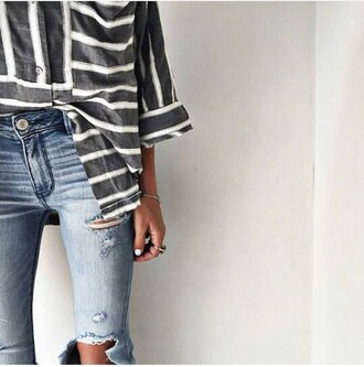jeans shirt stripes striped shirt stripped black cute white tumblr shirt tumblr clothes tumblr outfit tucked in sweater long sleeves pinterest