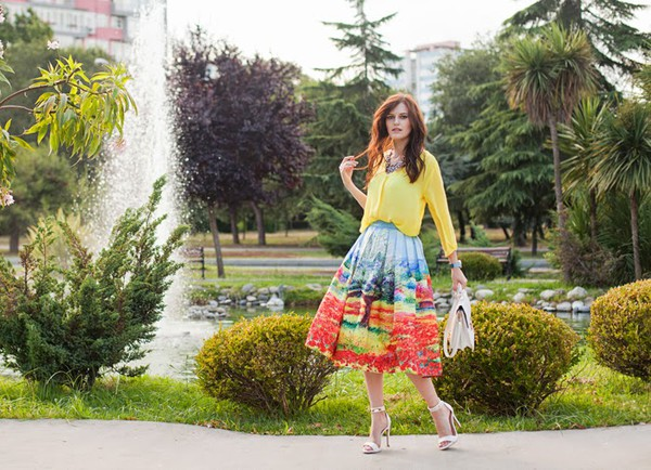 the bow-tie skirt blouse jewels bag shoes