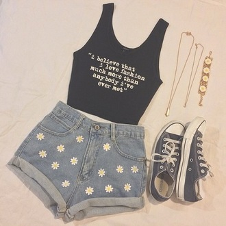 print top denim shorts floral fashion jewels necklace high waisted shorts crop tops floral shorts converse