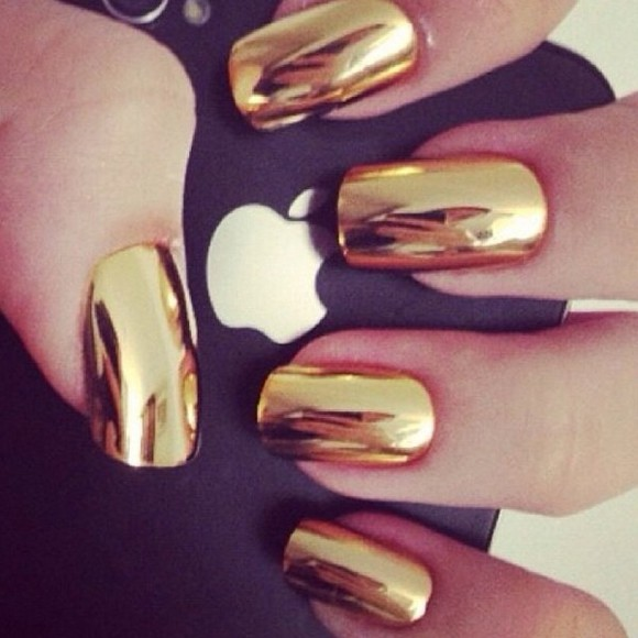 love nail polish gold all black everything