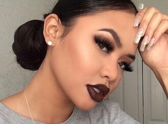 make-up lips eyelashes natural eyebrows eye shadow fake eye lashes natural eye lashes face makeup