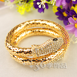Min. order is$10(can mix order)! gold geometric /round hollow crystal snake bracelets&bangles mental sense. bt123