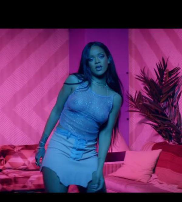 Rihanna sexy shirt pic phrase