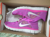 shoes,running shoes,nike,nikes,pink,nike free run,nike running shoes,nike shoes,nike air,nike shoes womens roshe runs,trainers