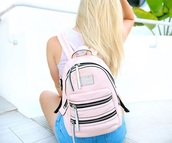 bag,pink,cute,backpack,girly,love,like,amazing,light pink,tumblr,instagram,girly wishlist,alisha marie,pastel pink,pink backpack