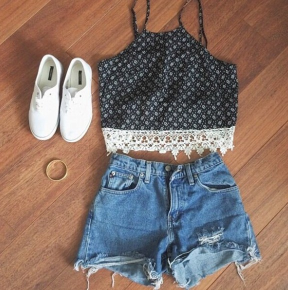 crop tops boho crochet summer outfits blouse summer style shorts shoes