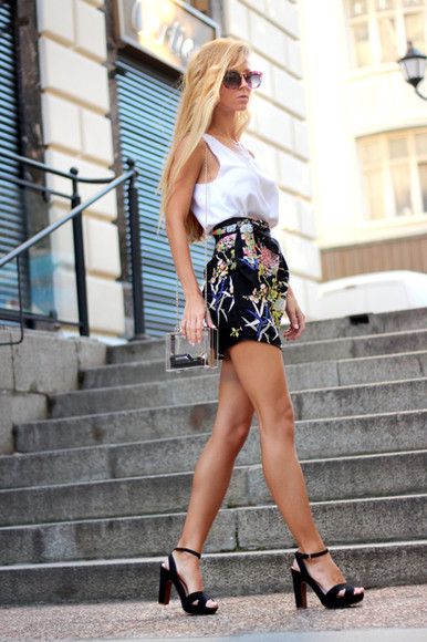 sirma markova skirt jewels shoes sunglasses t-shirt