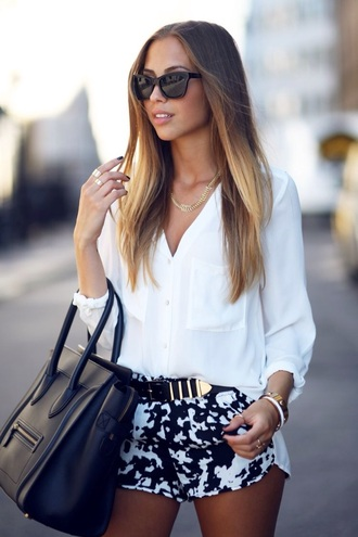t-shirt top bag denim shorts denim blouse belt summer outfits sunglasses high waist high waisted white shirt high waisted shorts classy party outfits skinny pants white and black make-up big bag
