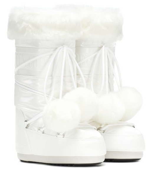 Moon Boot Exclusive to Mytheresa – Classic Pom Pom ankle boots in white