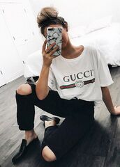 t-shirt,gucci t-shirt,gucci,white t-shirt,black jeans,ripped jeans,black shoes,phone cover,marble,marble phone case,bun