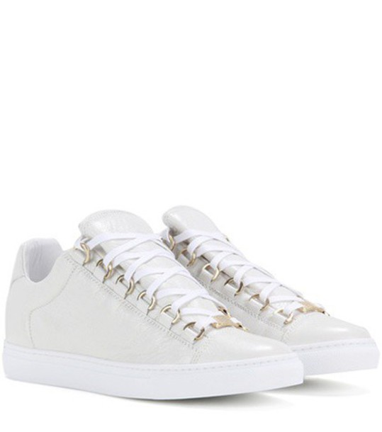 Balenciaga sneakers leather white shoes