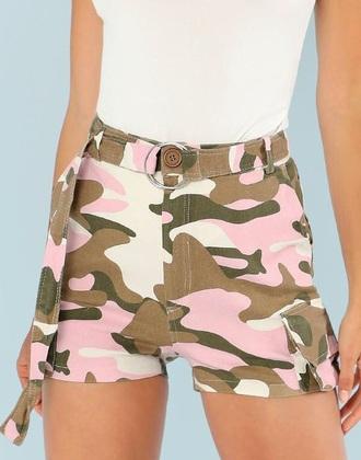 shorts girly girl girly wishlist pink camouflage short cute