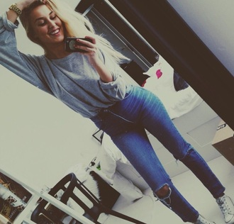 shirt grey sweater love fashion blonde hair girl outfit top