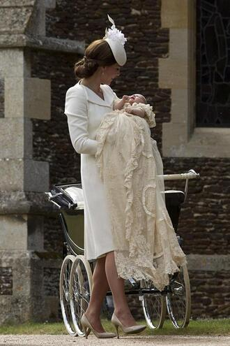 coat dress coat dress white all white everything kate middleton pumps hat
