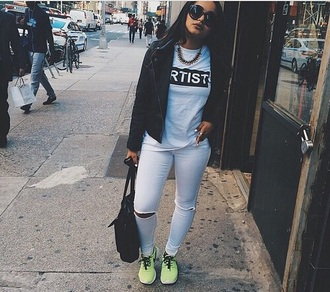 artist graphic tee t-shirt dope indie instagram hipster home accessory jeans jacket jewels shoes