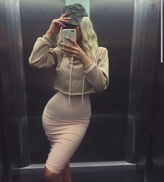 dress pink baby pink cropped cropped hoodie crop tops bodycon dress cap iphone cover