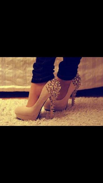 shoes pink shoes high heels high heels pink studs studded high heels studded shoes cute high heels