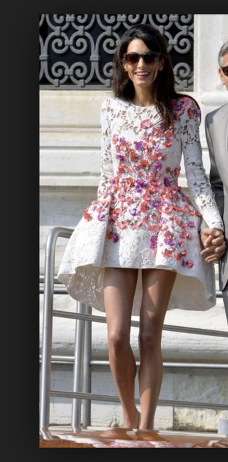 dress wedding clothes flowers amal alamuddin