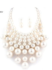 jewels,accessories,jewelry set,jewelry,white,pearl,white pearls,women