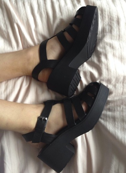 shoes high heels platforms sandals black tumblr summer chunky chunky heels