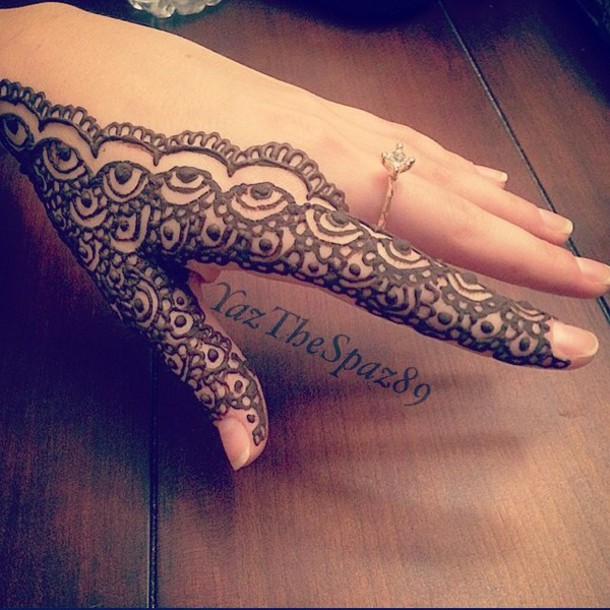 make-up henna design