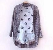 shirt,yin yang,cotton,grey,blur,blue,High waisted shorts,boho,hipstealternative,hipster,altternative,grunge,shorts,sweater