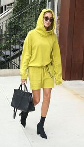 skirt,sweater,sweatshirt,hoodie,boots,streetstyle,nyfw 2017,ny fashion week 2017,hailey baldwin,oversized sweater,shoes