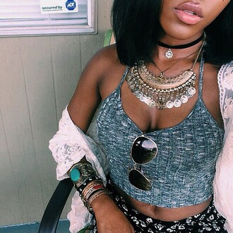 jewels lips chain gorgeus babe jewelry lace coverup black girls killin it full lips african american necklace crop tops top shorts floral shorts haute couture