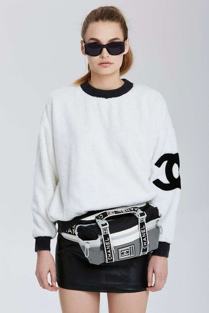 bag waist waist bag sportswear sportswear chanel hip packaged purse black and white fanny pack sporty chic