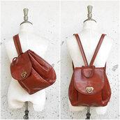 bag,backpack,leather backpack,vintag leather backpack,sling bag,sling backpack,slingbacks,vintage