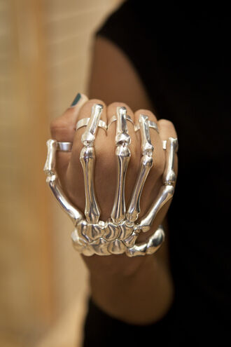 skeleton hand jewels hand skeleton bracelet skeleton silver ring hand jewelry silver ring hand rings hand ring bones bracelets bones jewelry halloween silver jewelry skull accessories jewerly punk grunge jewelry jewlery