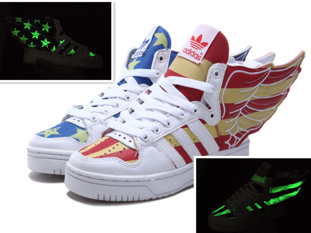 Jeremy Scott Wings 2.0 Adidas USA Flag Glow In The Dark / Adidas Jeremy Scott Flag