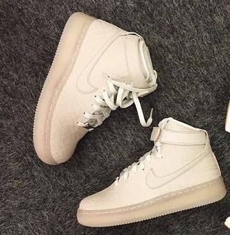 beige beigeshoes nikeairforce nike air nike shoes nikerunningshoes nikewomen