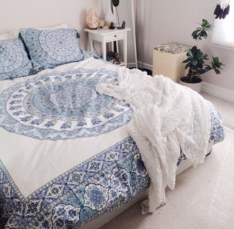 home accessory tumblr bedroom bedding home decor tumbr room bedroom blue and white sheets sheet cover blanket boho chic indie boho bohemian hippie gypsy mandala bedcover mandala cover blue white hipster boho bedspread bohemian comforter turquoise bedsheets duvet comfy bed sheet or bed spread