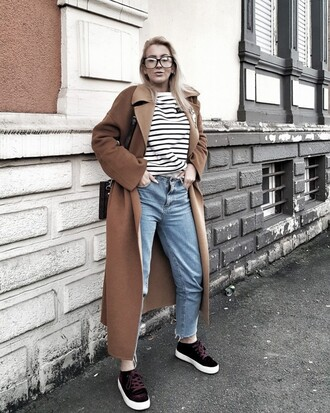 coat tumblr camel camel coat top stripes striped top denim jeans blue jeans mom jeans sneakers black sneakers glasses long coat